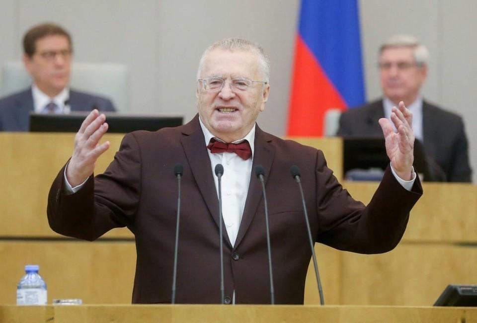 Жириновский предложил вернуть в Россию русских из Украины и Средней Азии.
