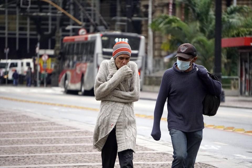 Жители южной Бразилии замерзают