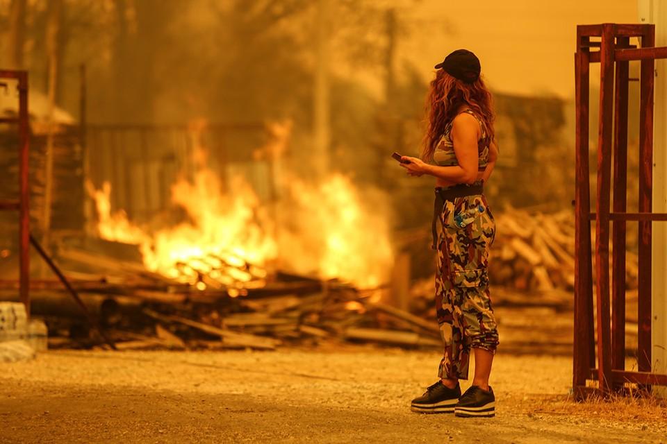 Выгоревшая улица в Манагавте, Турция.