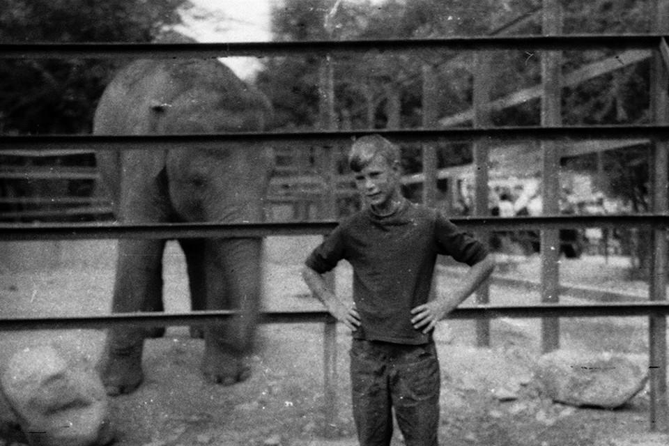 Наш Алма-Атинский зоопарк я помню столько, сколько помню себя.