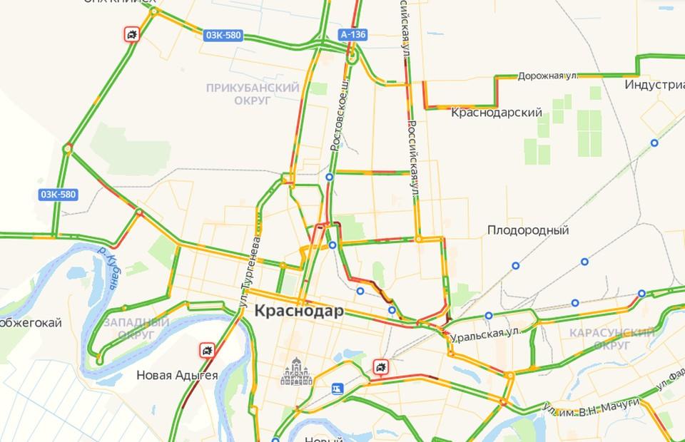 Пробки 1 сентября в Краснодаре сковали город