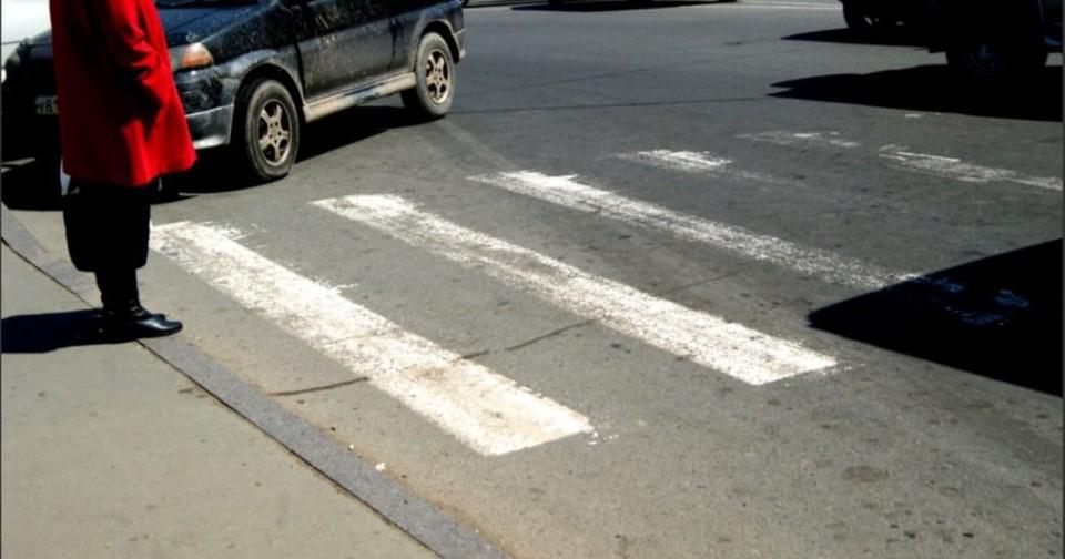Под Смоленском водитель Renault Sandero сбил насмерть школьную учительницу. Фото: паблик «Главное в Рославле» ВКонтакте.