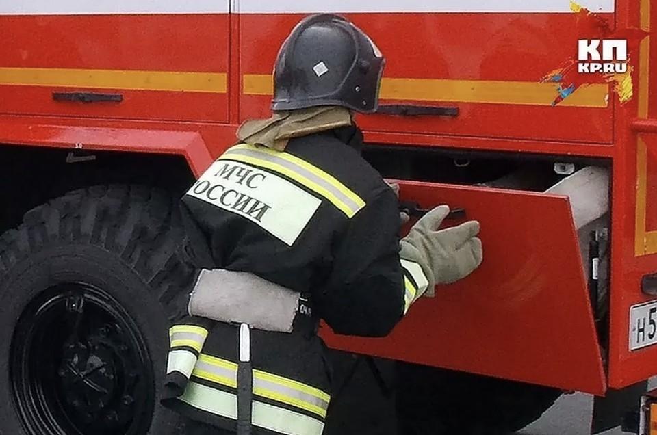 Здание бывшего общежития загорелось в Дзержинске