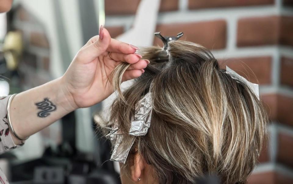 Услуги парикмахерских и салонов красоты в стране выросли почти на 8%