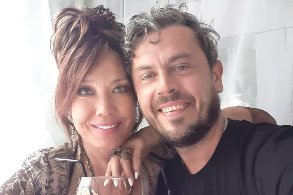 Азиза с мужем Александром.