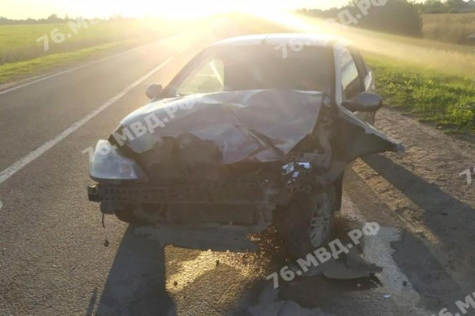В ДТП под Ярославлем пострадали три человека
