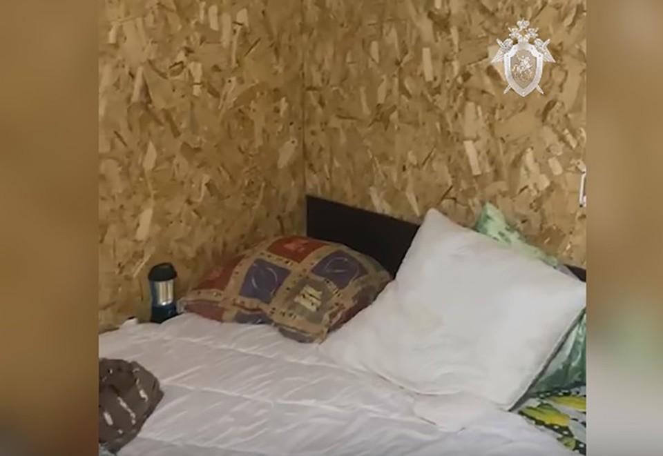 Огромная кровать и ванная: Следователи показали видео из гаража, где содержалась похищенная 23-летняя Елизавета Бабикова.