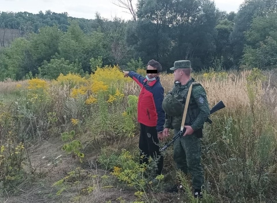 Пограничники призывают граждан быть дисциплинированными. Фото пресс-службы ПУ ФСБ России по Белгородской и Воронежской областям.
