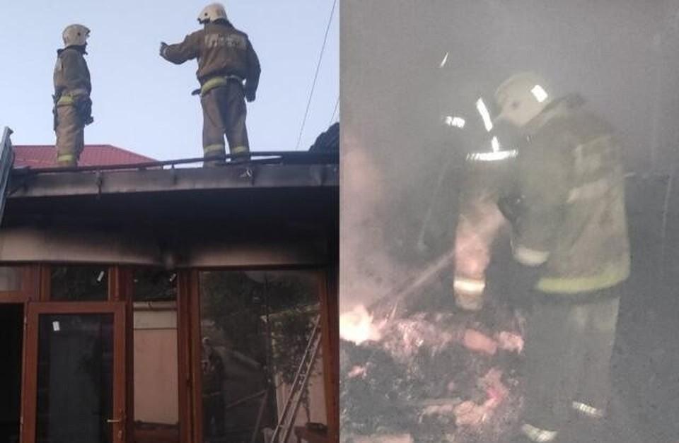 Под Симферополем сгорела баня, пристроенная к жилому дому. Фото: пресс-служба ГУ МЧС по РК