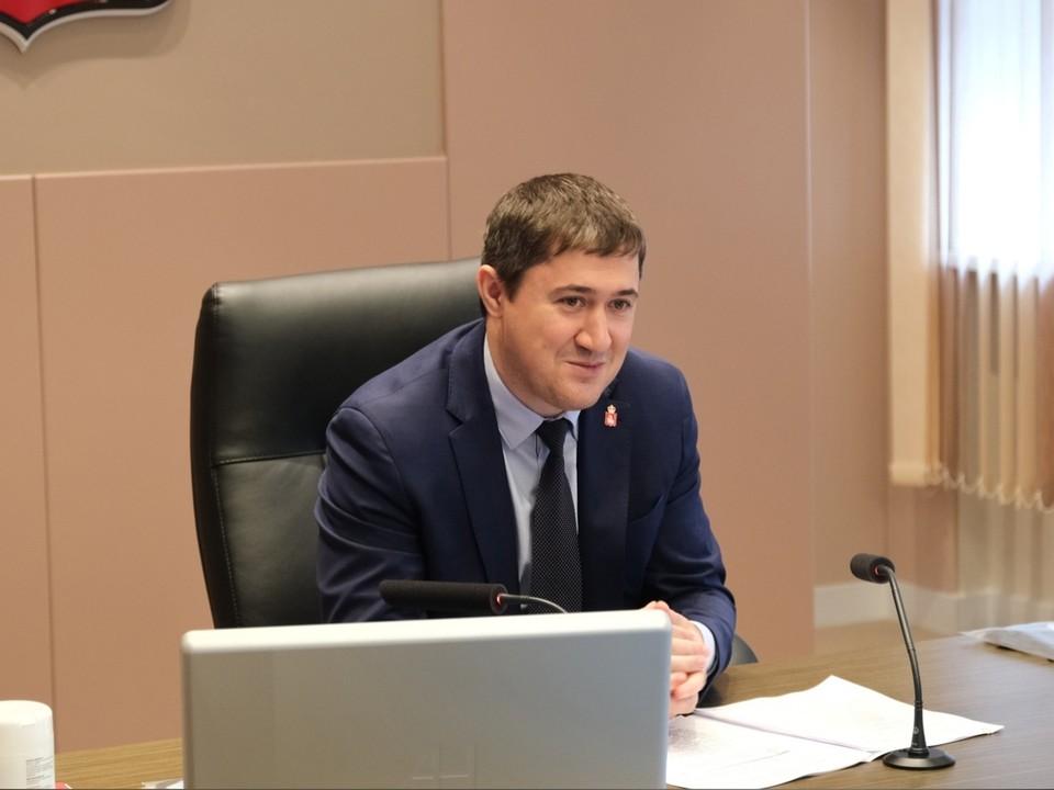 Дмитрий Махонин встречается с редакторами пермских СМИ.