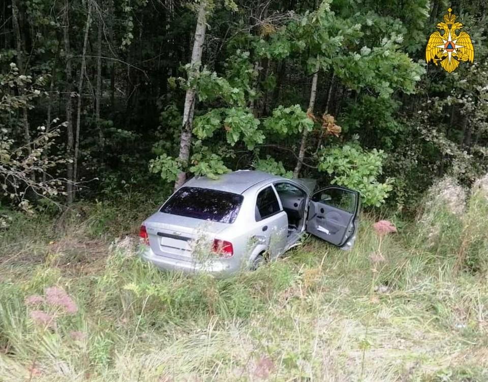 Машина вылетела в кювет.
