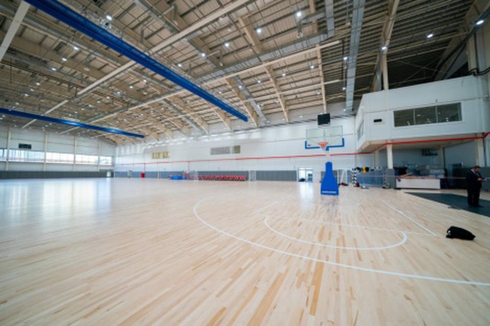 В столице Югры завершили строительство универсального спорткомплекса Фото: Департамент общественных и внешних связей Югры
