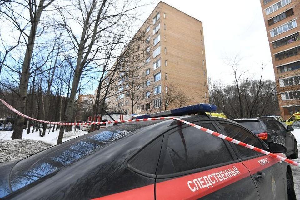 СКР по Ярославской области проводит проверку по факту падения 21-летней девушки из окна