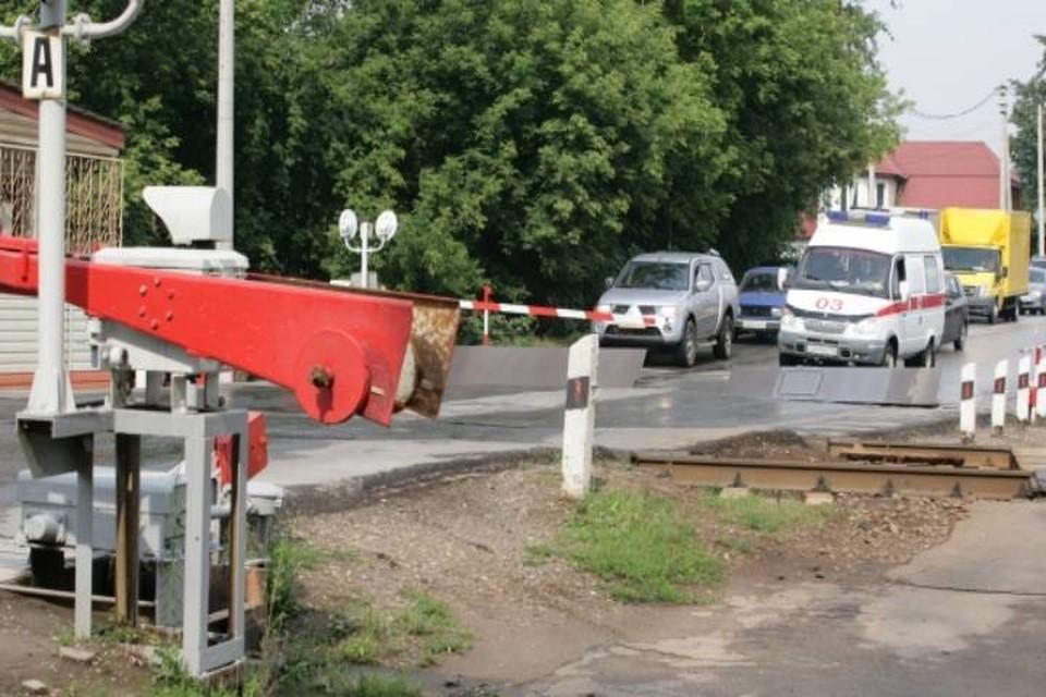 Переезд пришлось закрыть из-за проведения ремонтных работ на ЖД путях