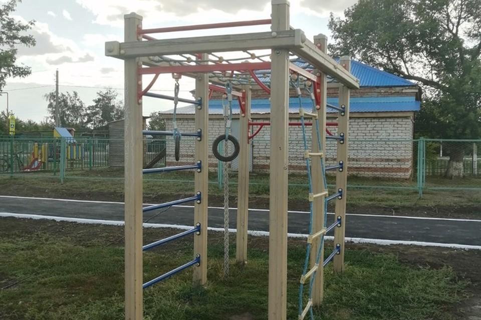 Спортивная площадка радует жителей Спиридоновки своей современностью и универсальностью