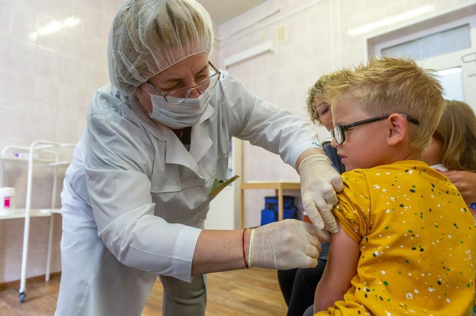 С сентября жители Ленобласти смогут потратить материнский капитал на лечение детей
