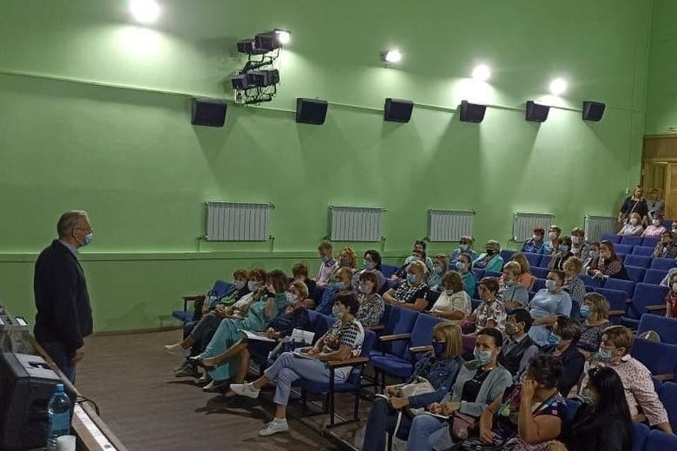 Председатели территориальных избиркомов проводят серию обучающих семинаров. Фото опубликовано в ТГК правительство Сахалинской области