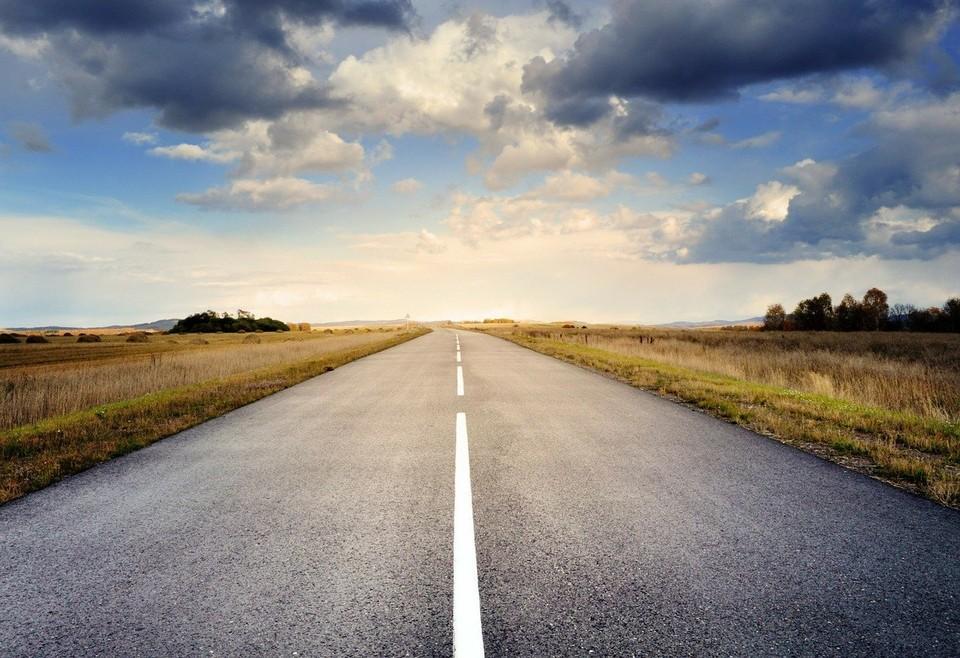 В конце марта были завершены работы по монтажу 94 арок системы взимания платы на 5,8 тыс. км автодорог.