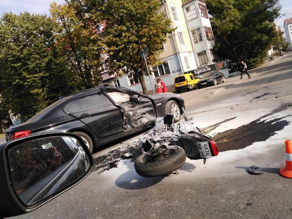 Последствия ДТП на улице Невского