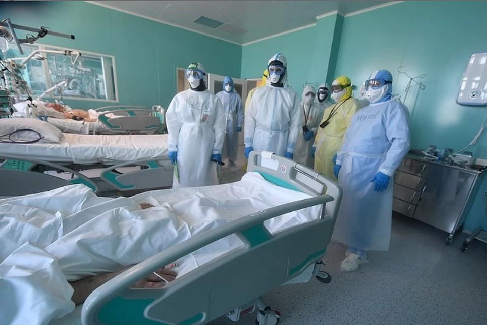 В России 12 сентября 2021 года выявлены 18 554 случая заболевания коронавирусом