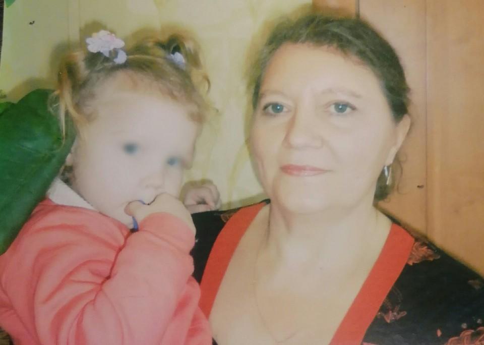 Сейчас Татьяну Шилову уже этапировали в новосибирскую колонию, внучку отдали почти чужим людям.