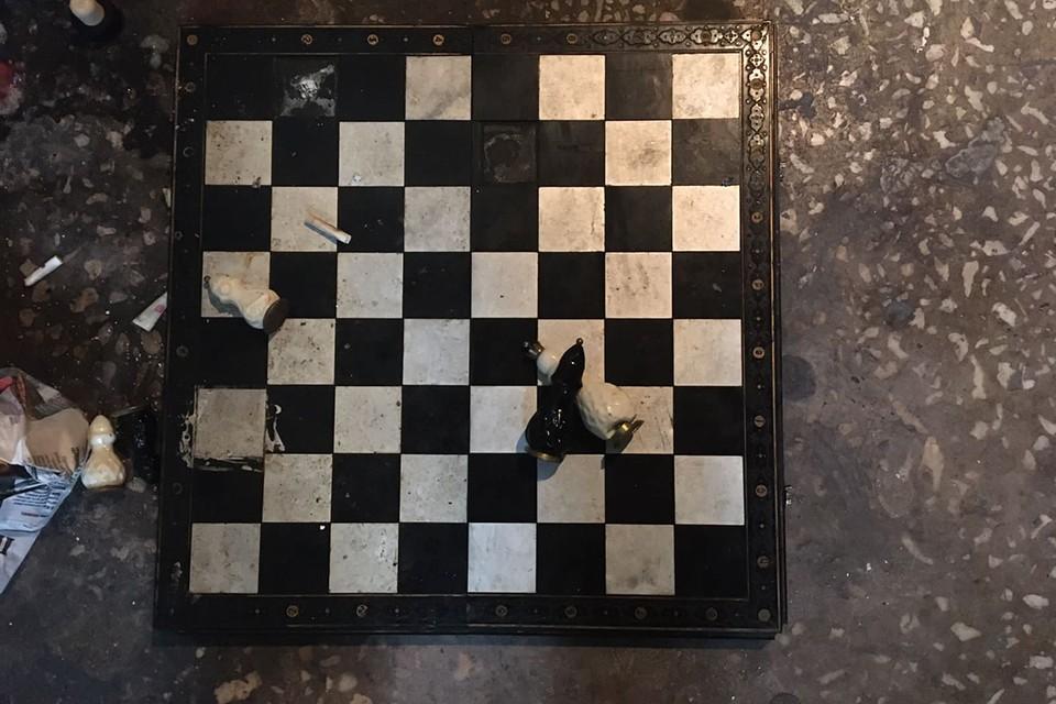 Та самая шахматная доска. Фото: ГСУ СК России по Красноярскому краю и республике Хакасия
