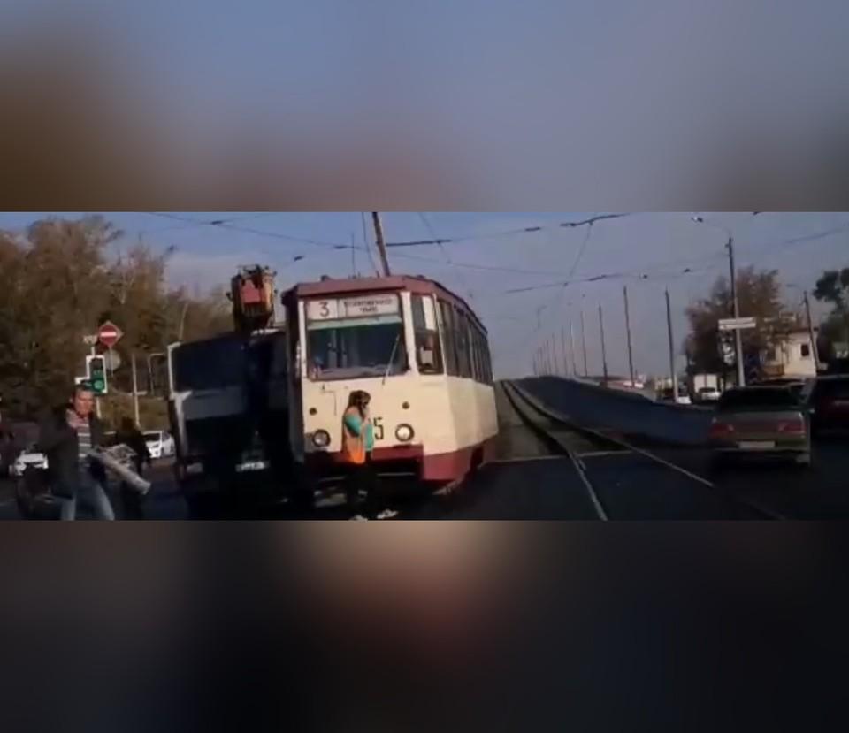 Кадр из видео: Агентство чрезвычайных новостей Челябинск   vk.com