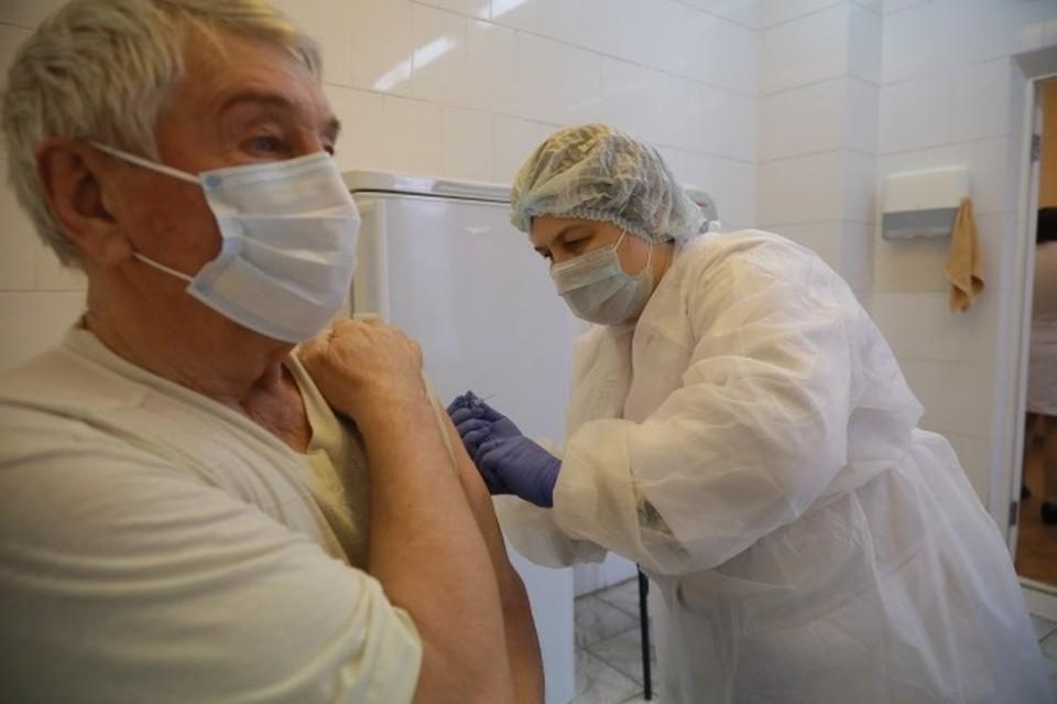 За прошедшие сутки коронавирус выявили еще у 135 смолян.