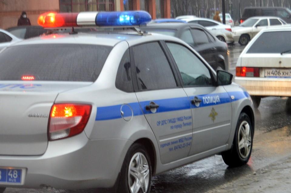 Автоинспекторы во время погони задержали лихача