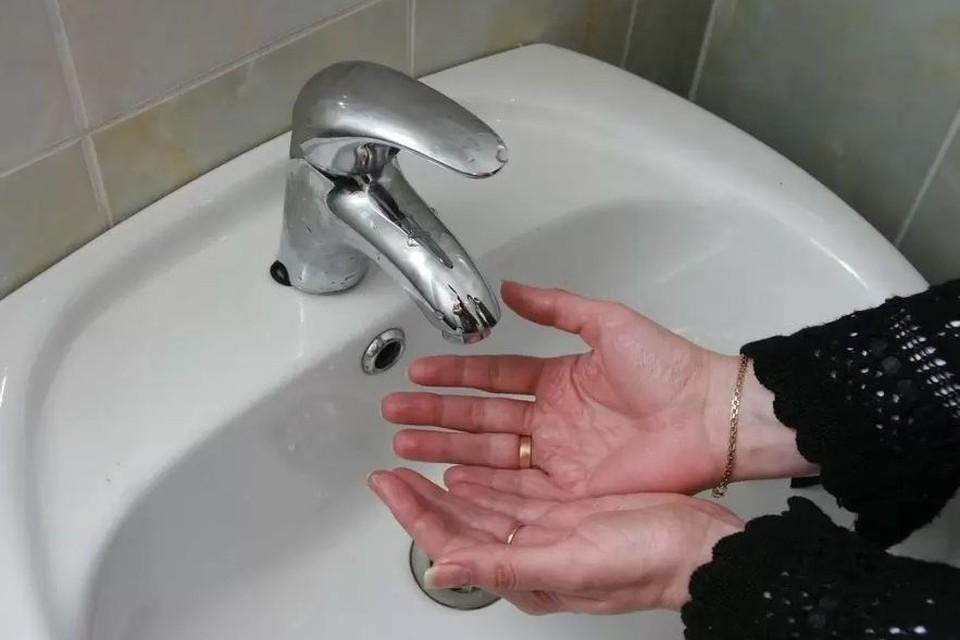 Воды не будет в десятках домов