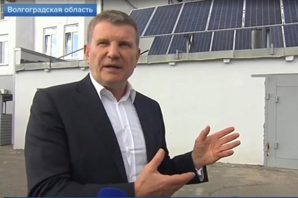 На Волжском водоканале используют энергию нескольких солнечных станций. Кадр видео Первого канала