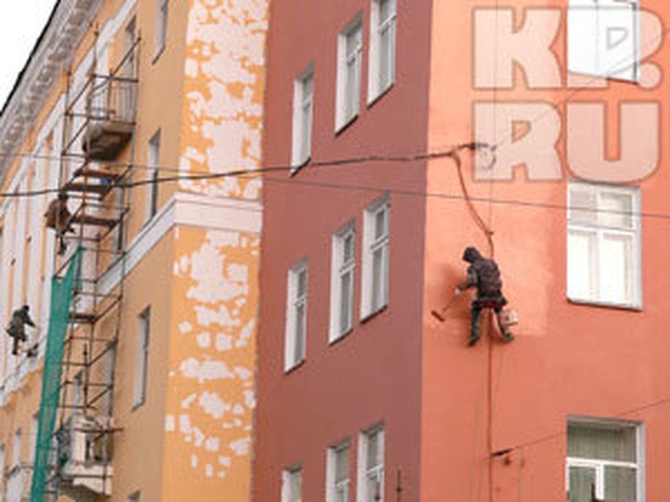 Для того, чтобы лазать по крышам, необходимы не только навыки, но и страховка.