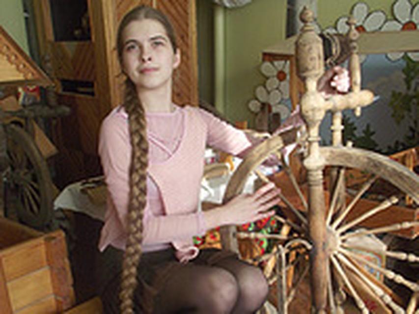 Голая Девушка Сфотографировалась С Пушкиным