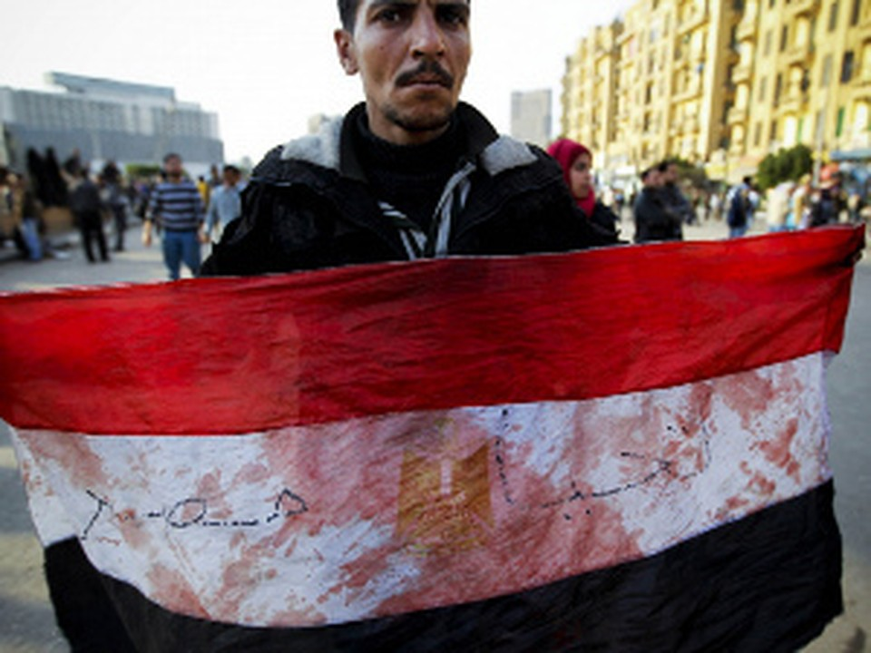 Египтяне своего добились: президент ушел в отставку
