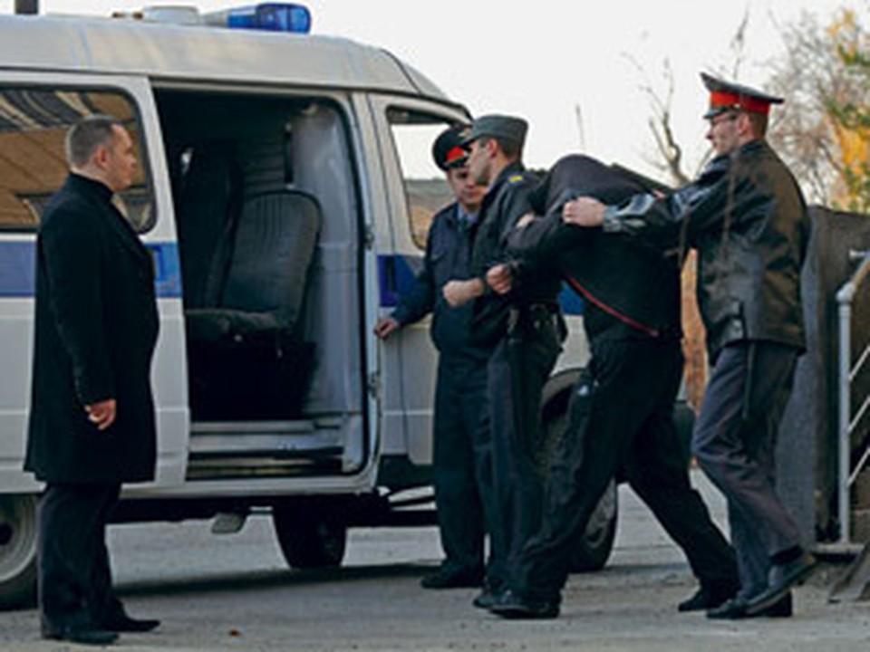 Виталий Иванов проходил по причастности к убийству двух человек в 2003 году.