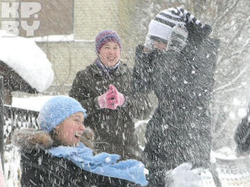 Белорусские дети заждались снега