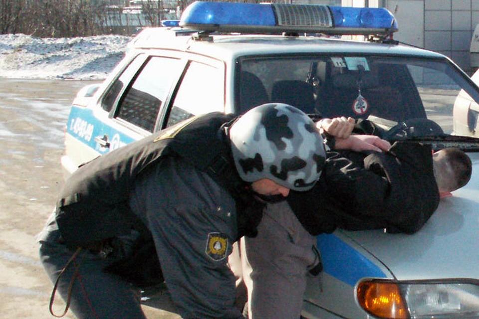 Преступников находят по горячим следам.