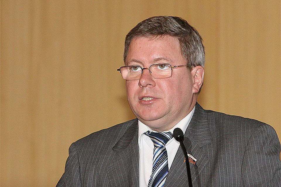Александр Торшин ратует за предоставление россиянам защищать себя с помощью краткоствольного нарезного оружия