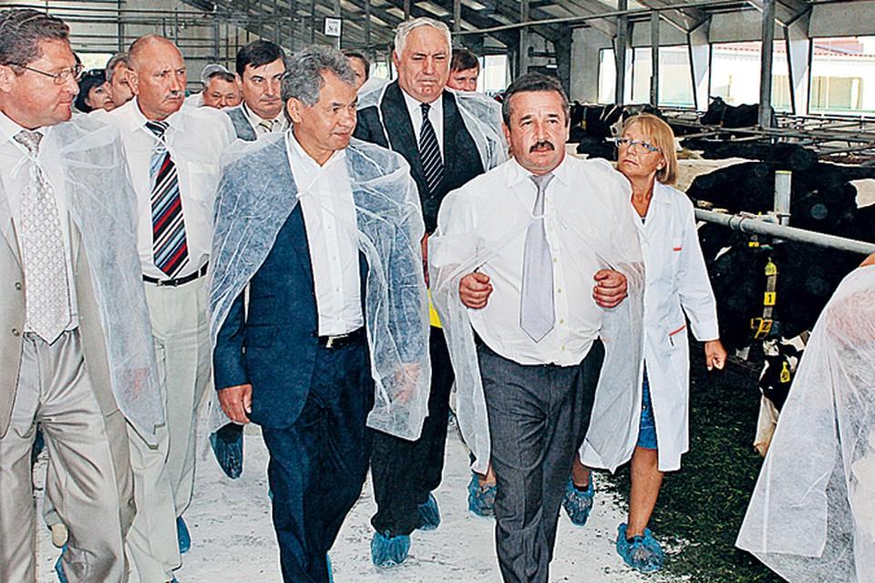 Губернатор побывал на современном животноводческом комплексе.