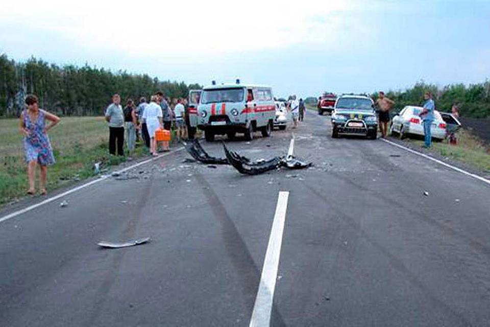 На месте аварии работали три «Скорой помощи».