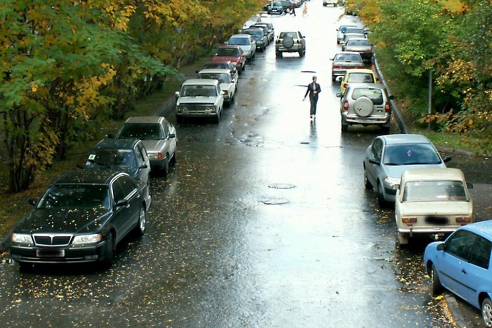 Припарковать своей авто в Мурманске - целая наука.