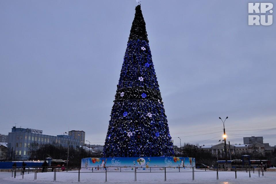 Наверняка найдутся желающие встретить Новый год на катке возле главной елки города.