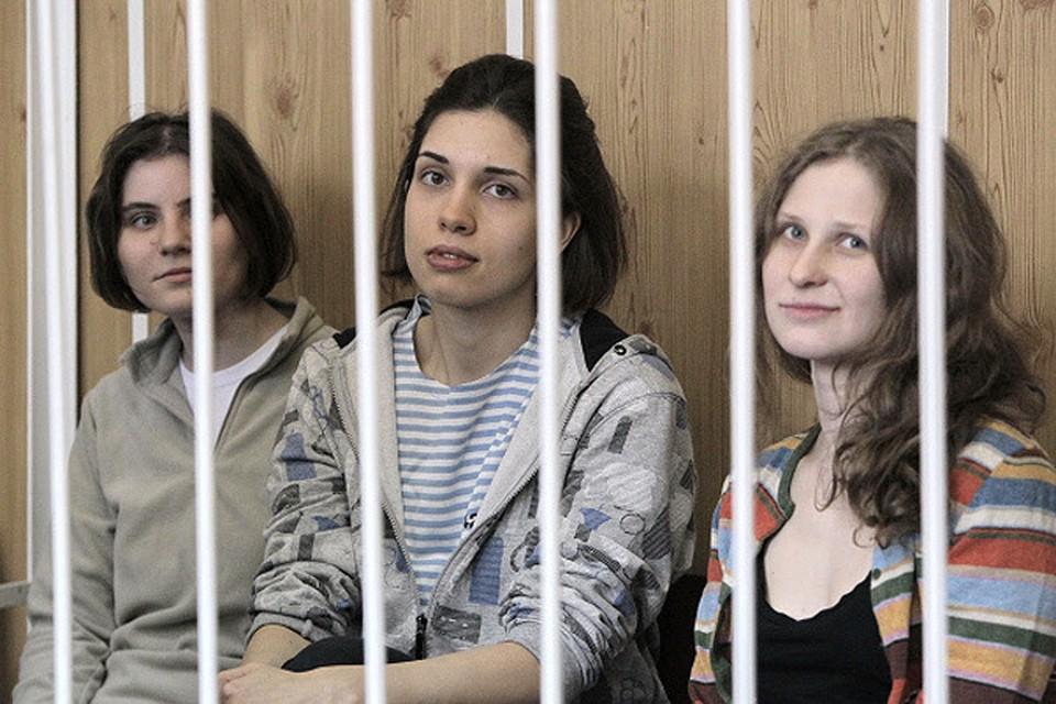 Самуцевич (слева) предлагают гражданство Франции