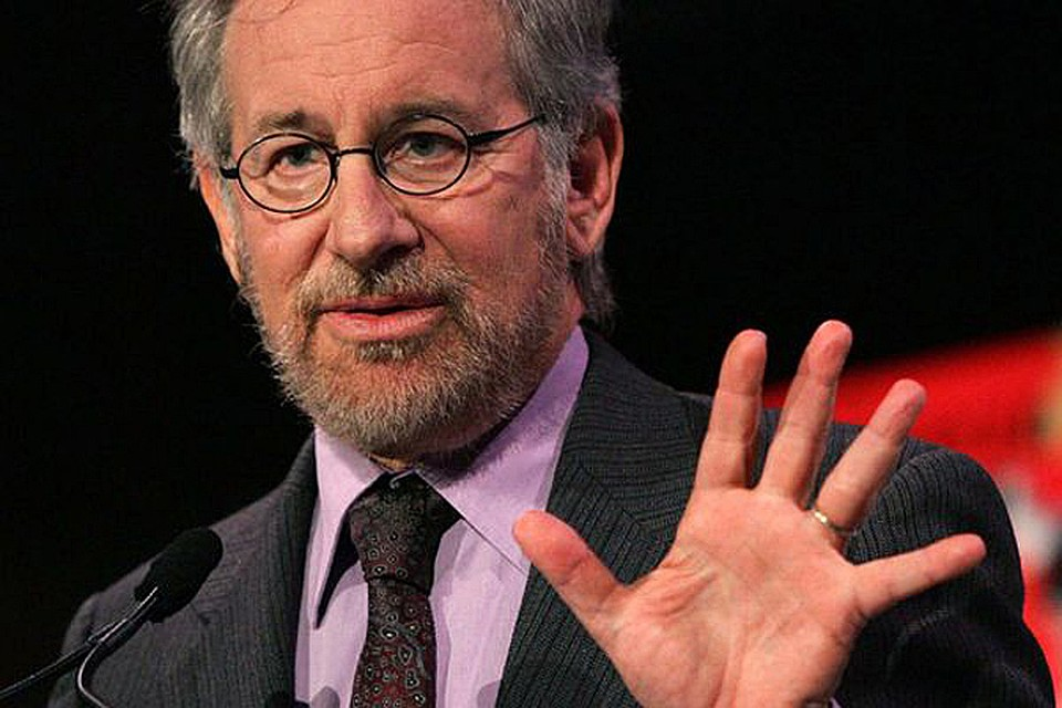 essay biography of steven spielberg Free essays on steven speilberg jaws steven speilberg the biography steven spielberg use filmic techniques to build suspense and tension for the audience in.