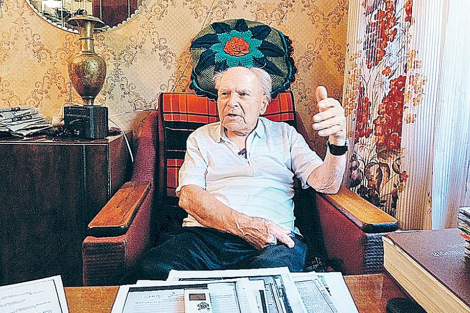 Уральские события 1959 года до сих пор не дают покоя бывшему прокурору Евгению Окишеву. Он уверен, что туристы стали жертвами военных испытаний.