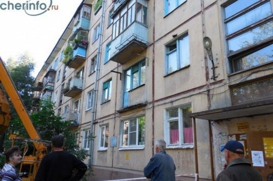 Балкон пятиэтажки рухнул в Череповце (фото) - вологда и воло.