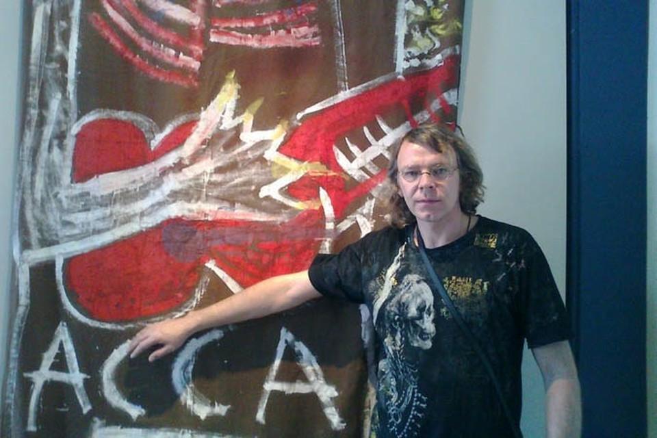 """Сергей Бугаев (""""Африка"""") присвоил себе картины авангардистов, созданные в далеких 80-х, сославшись на то, что они были ему подарены"""