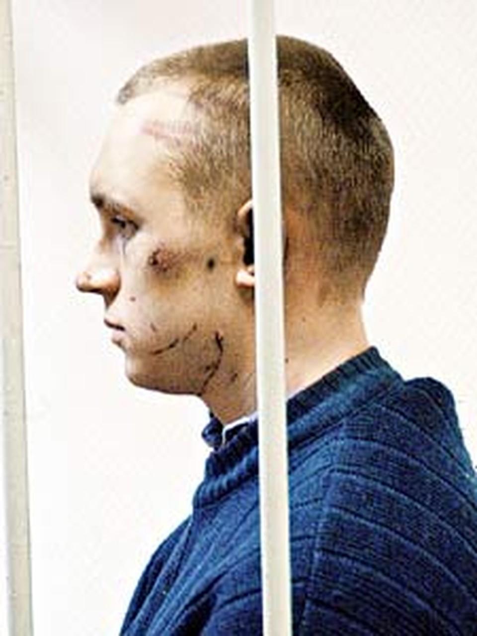 Врачи обнаружили у обвиняемого  расстройство психики. Однако он считается полностью вменяемым.