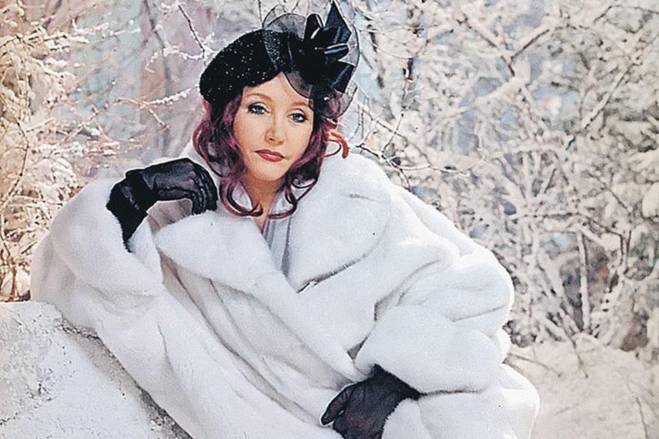 Женщине, которая поет, шикарные меха нужны не только для тепла, но и для образа.