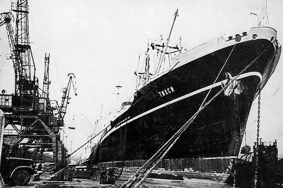 Теплоход «Тикси» затонул 22 марта 1974 года